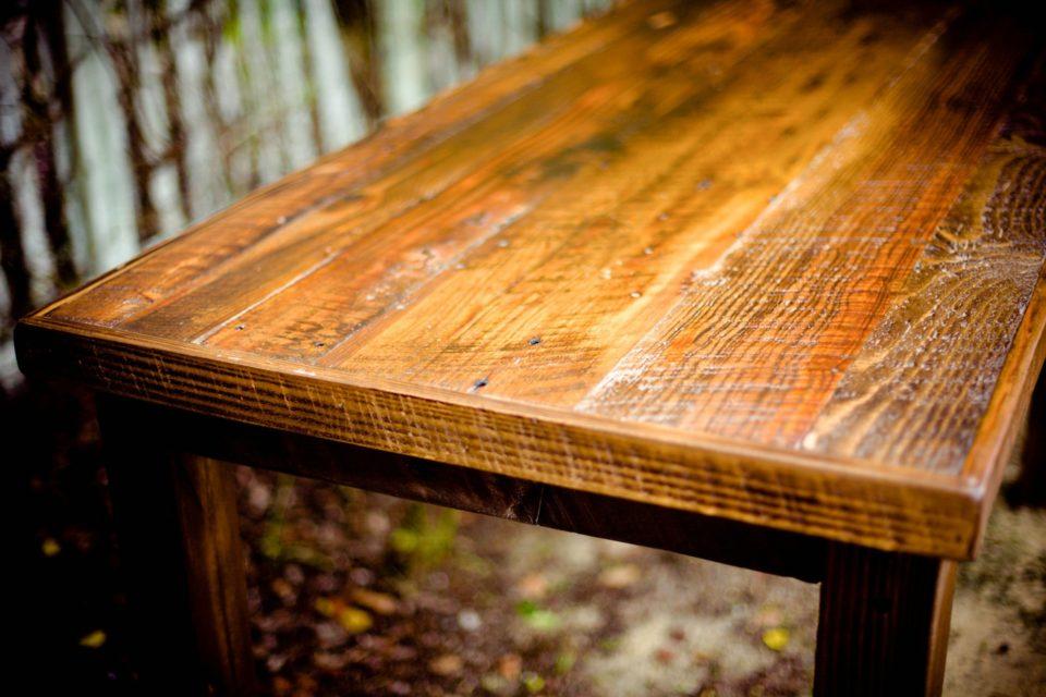 8HAUS Massivholz Möbel: Maßgeschneidert für Sie